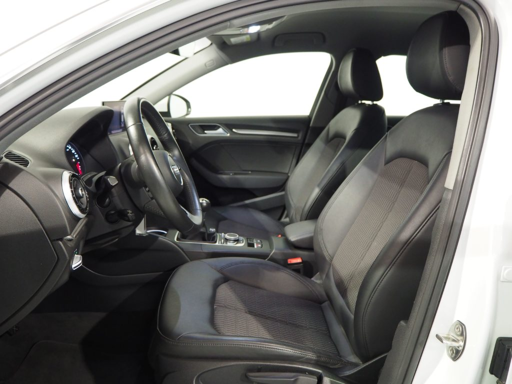 AUDI A3 1.4 TFSI CoD ultra Sportback 5p.