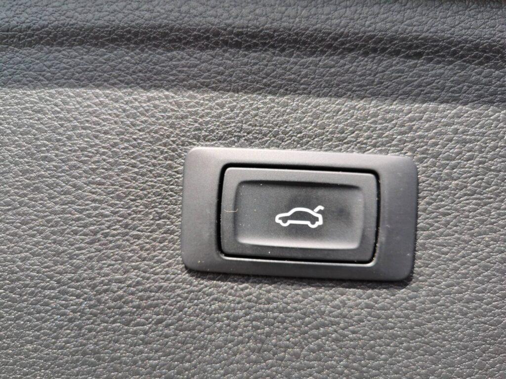 AUDI Q5 S line 2.0 TDI 140kW quattro S tronic 5p