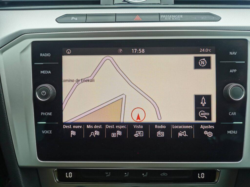 VOLKSWAGEN Passat Advance 2.0 TDI 110kW150CV DSG Variant 5p