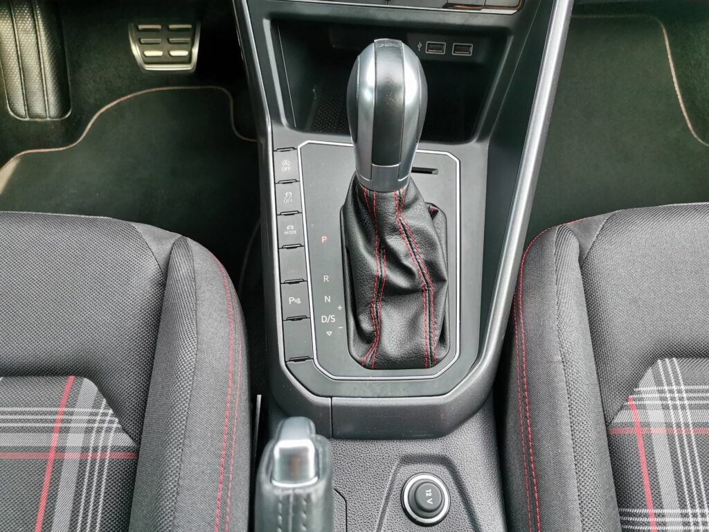 VOLKSWAGEN Polo GTI 2.0 TSI 147kW 200CV DSG